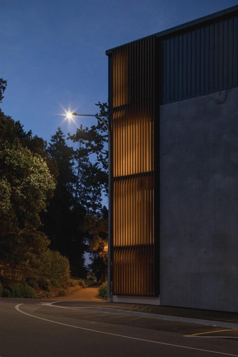 Betts St Luxury Apartments - Vulcan Screening - Abodo Wood