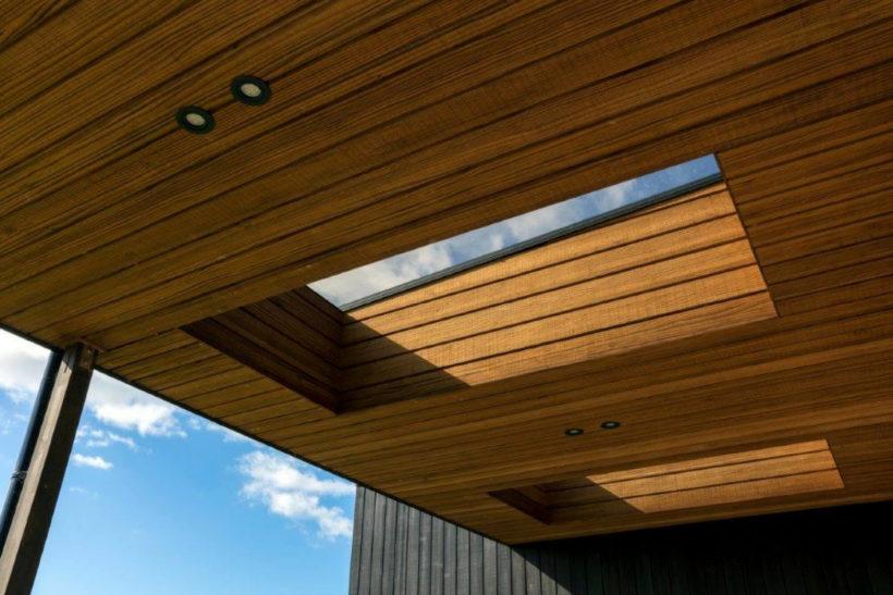 Box Living in Coastal Kaiwaka - Vulcan Cladding - Abodo Wood
