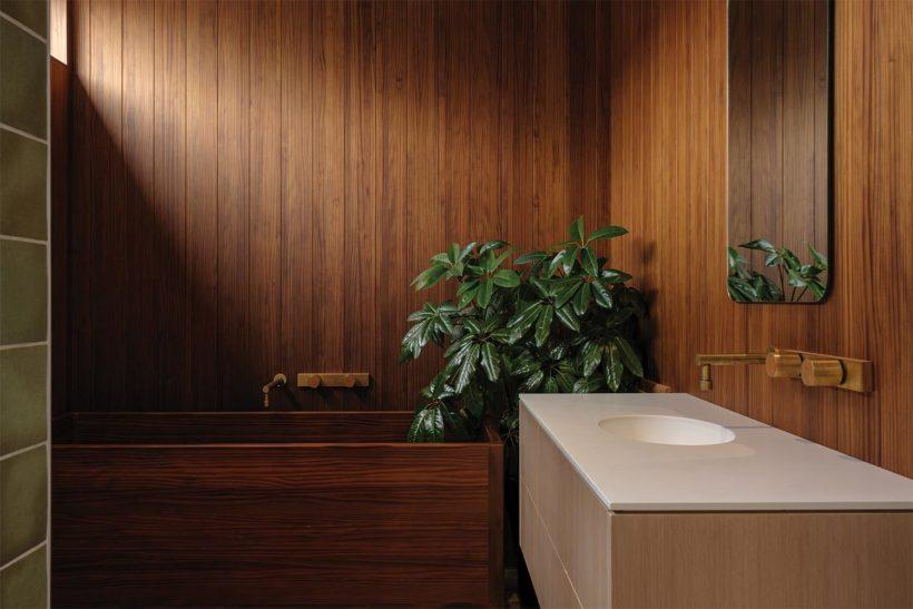Shane Kingsbeers Gisborne home and studio Vulcan timber Abodo Wood 4