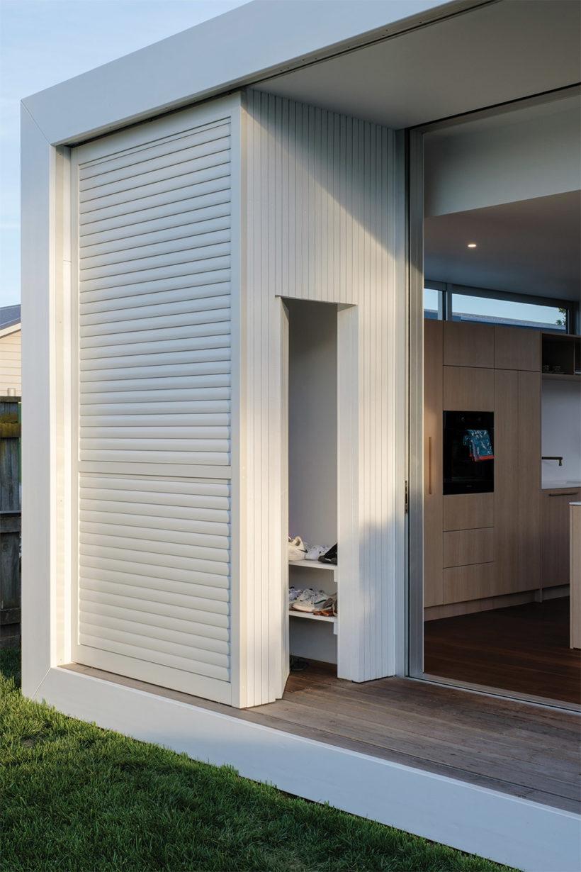Shane Kingsbeers Gisborne home and studio Vulcan timber Abodo Wood 6