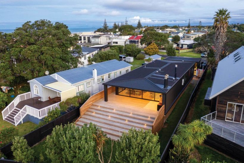Waihi Beach House Vulcan Decking and Rhombus Clip Abodo Wood 1