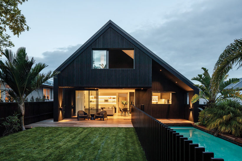 Westmere House Vulcan Cladding and Vulcan Screening Abodo Wood 5